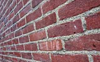 Как правильно оштукатурить кирпичную стену