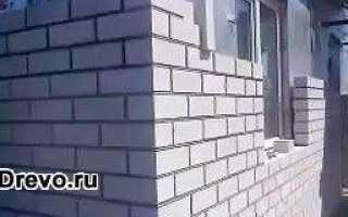 Можно ли дом из бруса обложить кирпичом